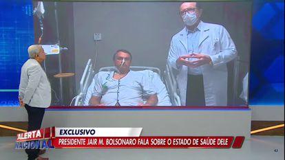O presidente Jair Bolsonaro e o médico Antônio Macedo participam do programa 'Alerta Geral', da TV A Crítica e da RedeTV!.