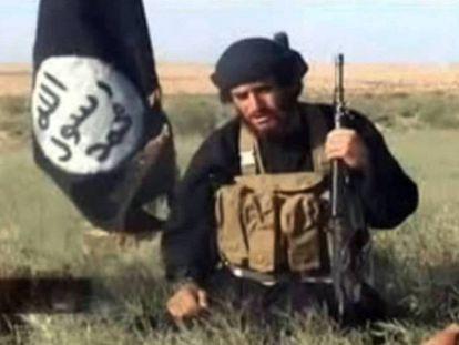 Al Adnani, em imagem capturada de um vídeo divulgado em 2012.