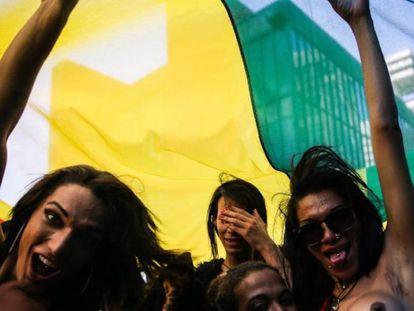 Transexuais na parada LGBTQ de São Paulo em 2017