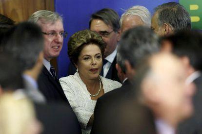 Dilma e o novo ministro Celso Pansera (PMDB)