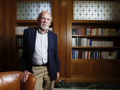 O físico norte-americano Barry Barish, antes da entrevista.