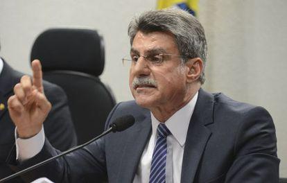 O senador Romero Jucá, durante reunião.