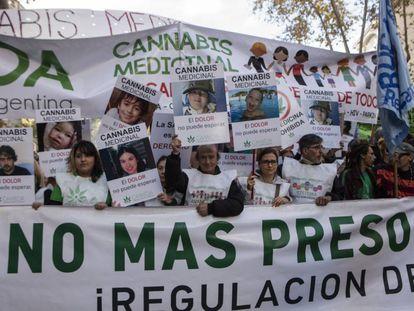Última marcha da maconha na Argentina foi liderada pelas mães medicinais.