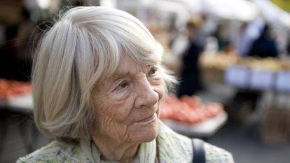 A editora Judith Jones, em 2009