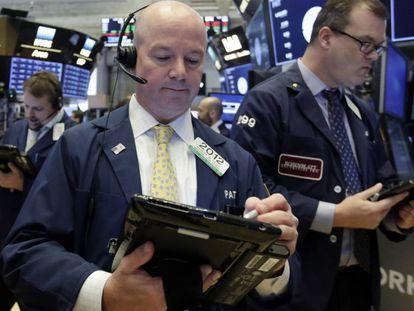 Corretor na bolsa de Wall Street.