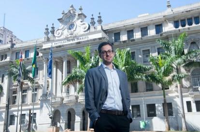 O professor de Direito da USP, Conrado Hubner.