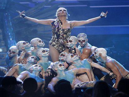 Kesha, o lado mais obscuro das fábricas de sucesso