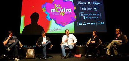 Encontro de produtores brasileiros e espanhóis durante a Mostra.