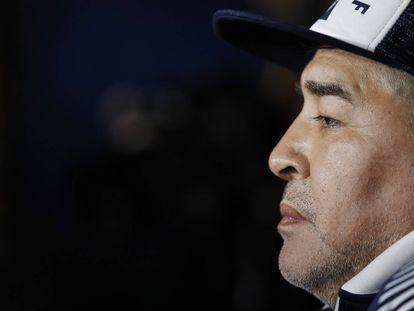 Maradona, hoje treinador do Gimnasia y Esgrima de La Plata.