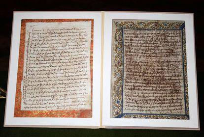 Duas cartas manuscritas de Santa Teresa de Jesus recuperadas pela Guarda Civil juntamente com outras 17 obras de arte.