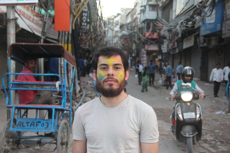 Gabriel Catarino durante a estadia na Índia, antes da quarentena.