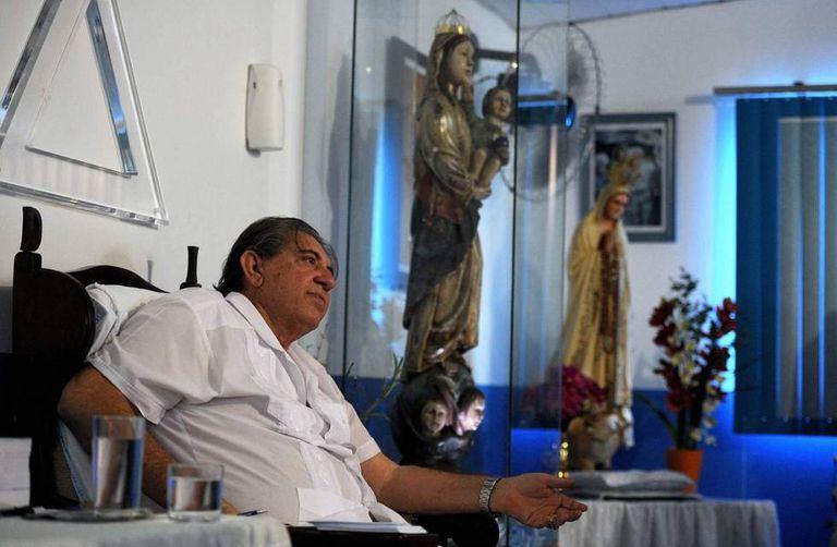 João de Deus trata a milhares de pacientes diariamente em Goiás