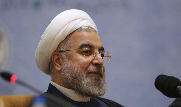 O presidente Hassan Rouhani, em uma conferência em Teerã.