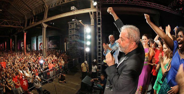 O ex-presidente Lula no aniversário do PT.