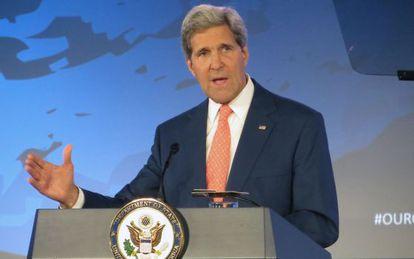 John Kerry no Departamento de Estado.