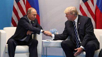 G20: Em primeiro face a face, Trump pressiona Putin sobre interferência russa nas eleições dos EUA
