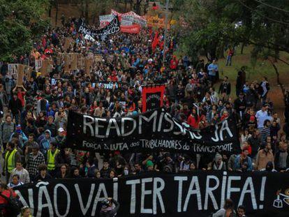 Manifestantes do Movimento Passe Livre nesta quinta.