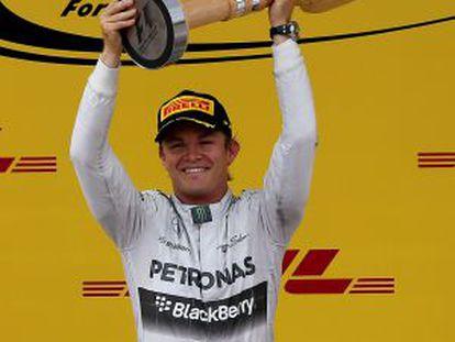 Nico Rosberg comemora a vitória no Grande Prêmio da Áustria.