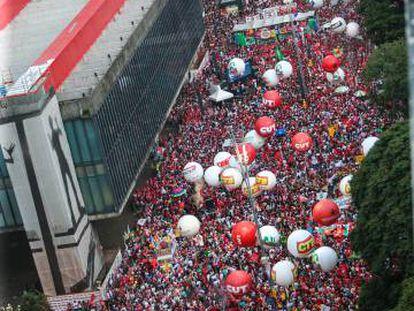 Ato de centrais sindicais na Avenida Paulista, em março de 2016.