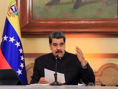 Nicolás Maduro anuncia a criação da comissão para a reforma judicial, nesta segunda-feira, em Caracas.