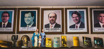 Retratos de parte do clã da família Ferreira Gomes em um café em Sobral.