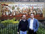 Federico Acosta y Ascanio Pignatelli se abrazan 500 años después de la llegada de Hernán Cortés a México