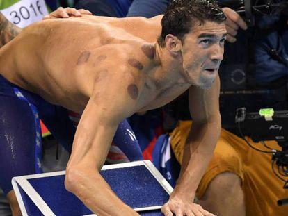 O nadador norte-americano Michael Phelps nos Jogos Olímpicos de Rio 2016.