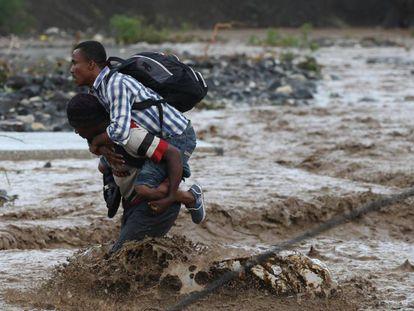 Inundações após a passagem do furacão Matthew no Haiti.