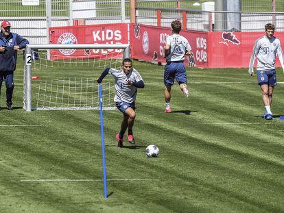 Thiago Alcantara, em um treinamento do Bayern de Munique.