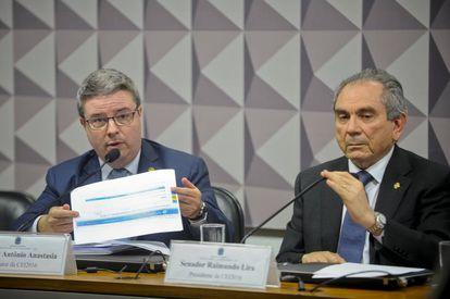 Os senadores Antônio Anastasia e Raimundo Lira, nesta quarta.