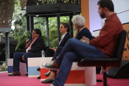 A partir da esquerda, Jaime Abello Banfi, Carmen Aristegui, Soledad Gallego-Díaz e Pedro Doria.