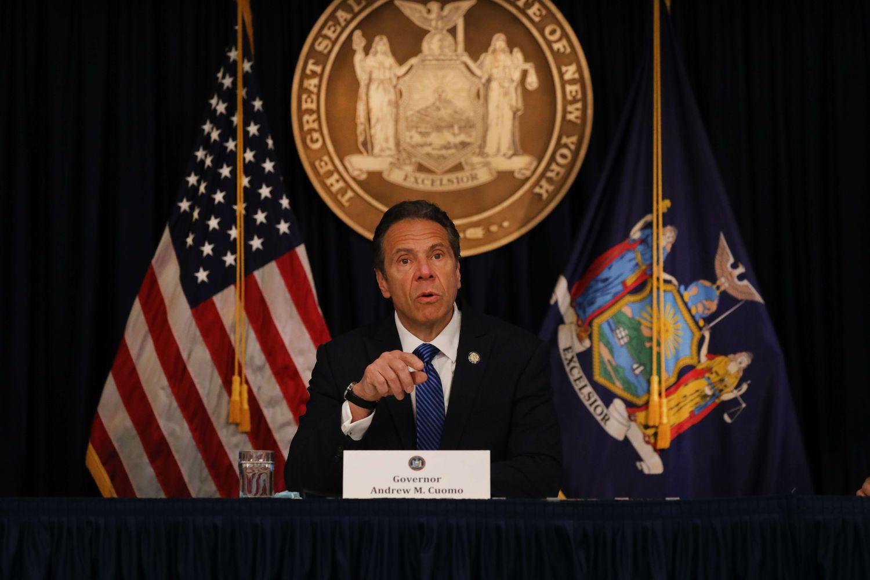 O governor de Nova York, Andrew Cuomo, em entrevista coletiva na quinta-feira.