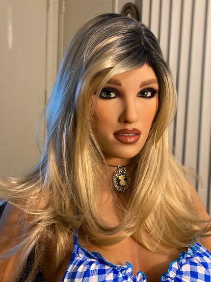 Imagem de uma boneca sexual da RealDoll.