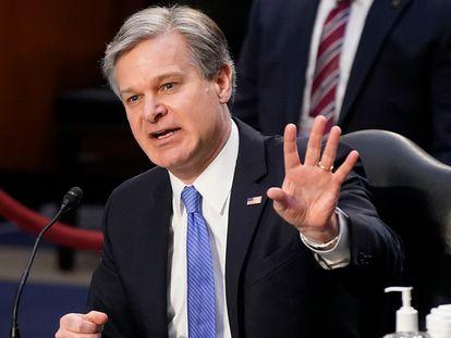 O diretor do FBI, Christopher Wray, depõe no Senado, em Washington, nesta terça-feira.