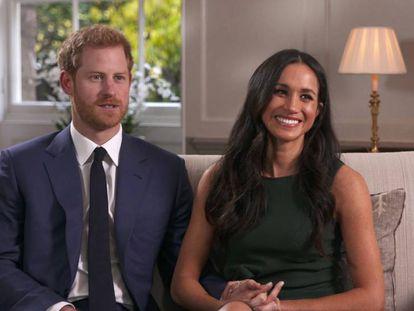 O príncipe Harry e a atriz Meghan Markle, no dia em que anunciaram o noivado.