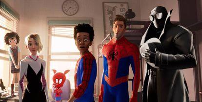 Os seis 'spiders', de 'Homem-Aranha no multiverso'.