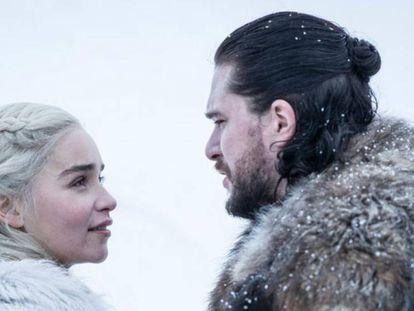 Daenerys Targaryen e Jon Snow em uma das cenas finais de 'Game of Thrones'. No vídeo, o trailer do último episódio da série. HBO
