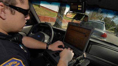 O centro contra o crime da polícia de Memphis, onde as informações são analisadas em tempo real.