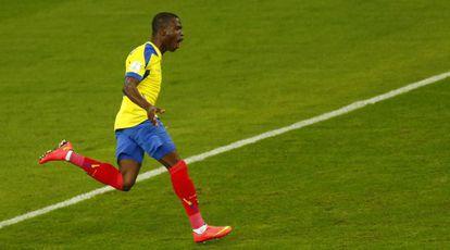 Enner Valencia celebra seu segundo gol.
