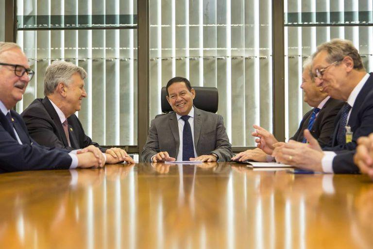 O vice-Presidente, Hamilton Mourão, durante audiência com empresários em 6 de fevereiro.