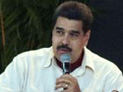 Nicolás Maduro anuncia que o setor público não trabalhará nas sextas-feiras de abril e maio para economizar energia