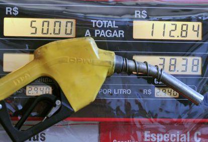 Alta da gasolina contribuiu para a inflação. Renato Araújo/ABr
