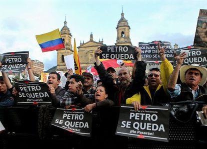 Apoiadores de Gustavo Petro durante um protesto em  Bogotá.