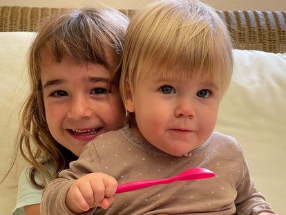 Anna, de um ano, e Olivia, de seis, as duas irmãs desaparecidas desde 27 de abril em Tenerife.