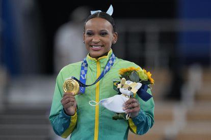 Rebeca Andrade é a campeã olímpica no salto nos Jogos de Tóquio.