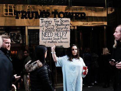 Manifestação contra a reforma fiscal nos EUA em novembro.