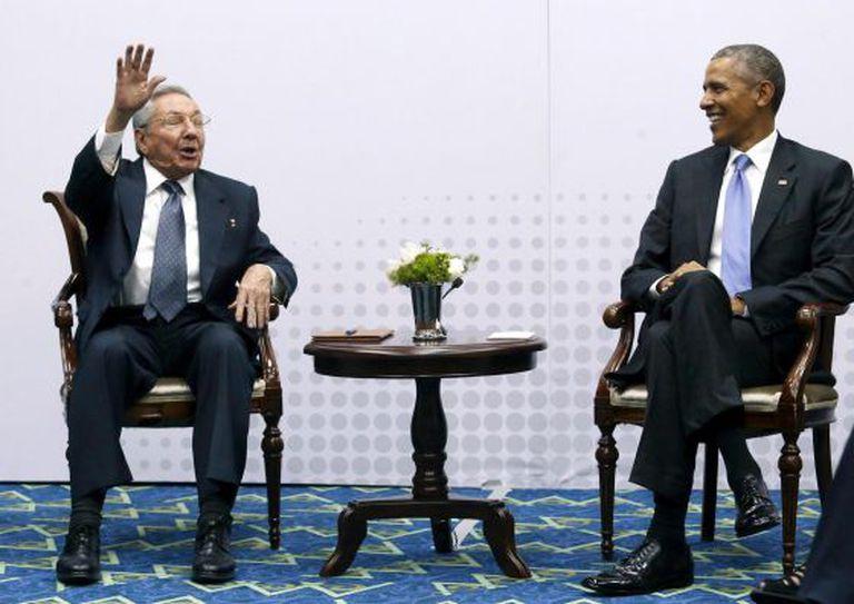 Raúl Castro e Barack Obama, em abril deste ano.
