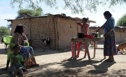 Moradores da comunidade wichi de San Luis, no nordeste de Salta, Argentina.