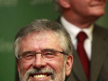 Gerry Adams em evento depois de sua libertação.
