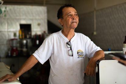 Francisco Belarmino de Lima, dono de um bar na mesma rua do batalhão ocupado.